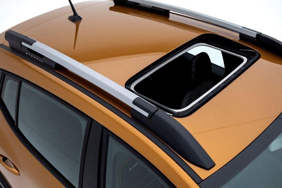 Yeni Dacia Sandero Nasıl bir araba ? Sandero Stepway Alınır mı?
